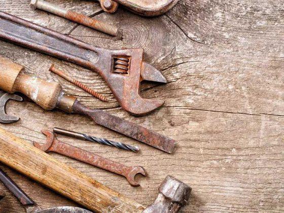 از بین بردن زنگ زدگی فلزات با اسید